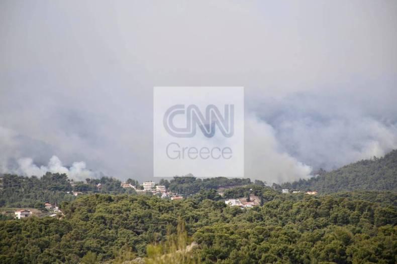 https://cdn.cnngreece.gr/media/news/2021/05/20/266633/photos/snapshot/fotia-loutraki-1.jpg