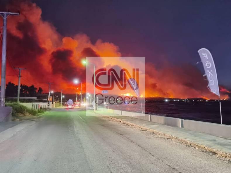https://cdn.cnngreece.gr/media/news/2021/05/20/266726/photos/snapshot/fotia-skinos-3.jpg