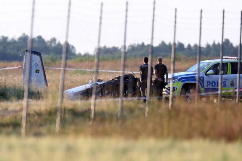 https://cdn.cnngreece.gr/media/news/2021/07/09/273402/photos/snapshot/Sweden-Plane-Crash-1.jpg