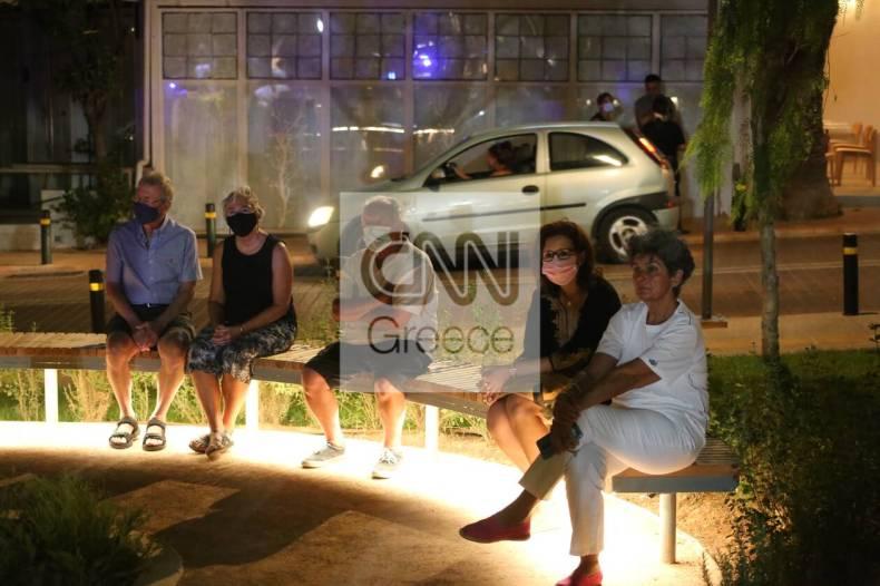 https://cdn.cnngreece.gr/media/news/2021/07/10/273604/photos/snapshot/a-vouliagmeni-IMG_5814.jpg
