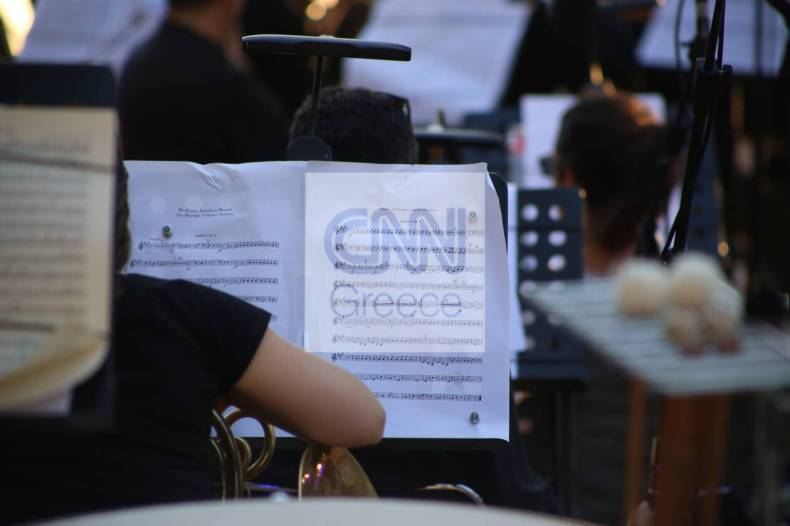 https://cdn.cnngreece.gr/media/news/2021/07/10/273604/photos/snapshot/vouliagmeni-IMG_5667.jpg