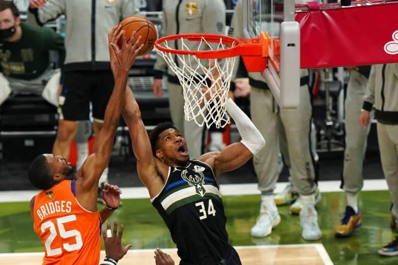 https://cdn.cnngreece.gr/media/news/2021/07/21/274922/photos/snapshot/MPAKS-NBA-TELIKOS-9.jpg