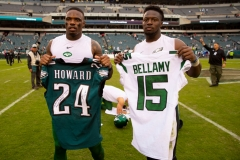 Josh Bellamy #15 of the New York Jets and Jordan Howard #24 of the Philadelphia Eagles pose for a picture after a jersey swap at Lincoln Financial Field on October 6, 2019 in Philadelphia, Pennsylvania. (Photo by Mitchell Leff/Getty Images)