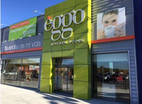 Cocina integral nueva ggo kitchen house en el centro for Muebles megapark