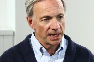Ray Dalio on economic crisis and bitcoin