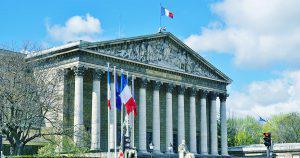 フランスで「匿名仮想通貨」禁止令か|国民議会・財政委員長が提案