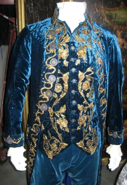 interview-with-the-vampire-costumes-06