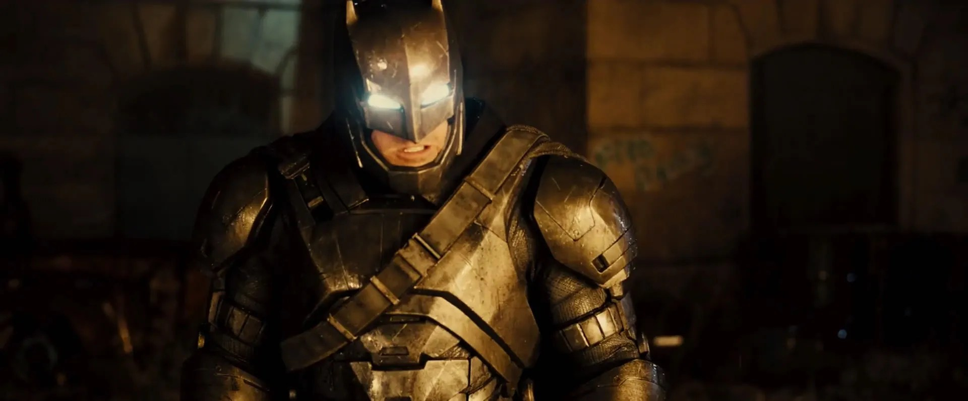 Batman Vs Superman New Trailer, Dark Knight Footage