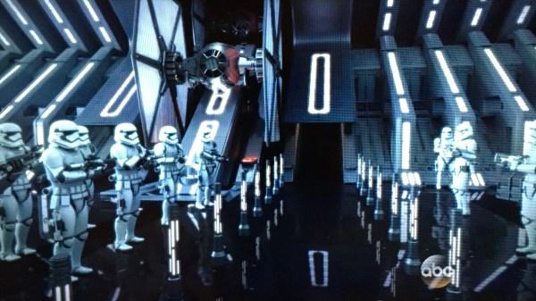 Star Wars Land Concept Art Reveals Disney Theme Park