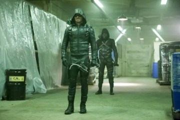 arrow-season-5-who-are-you-image-2