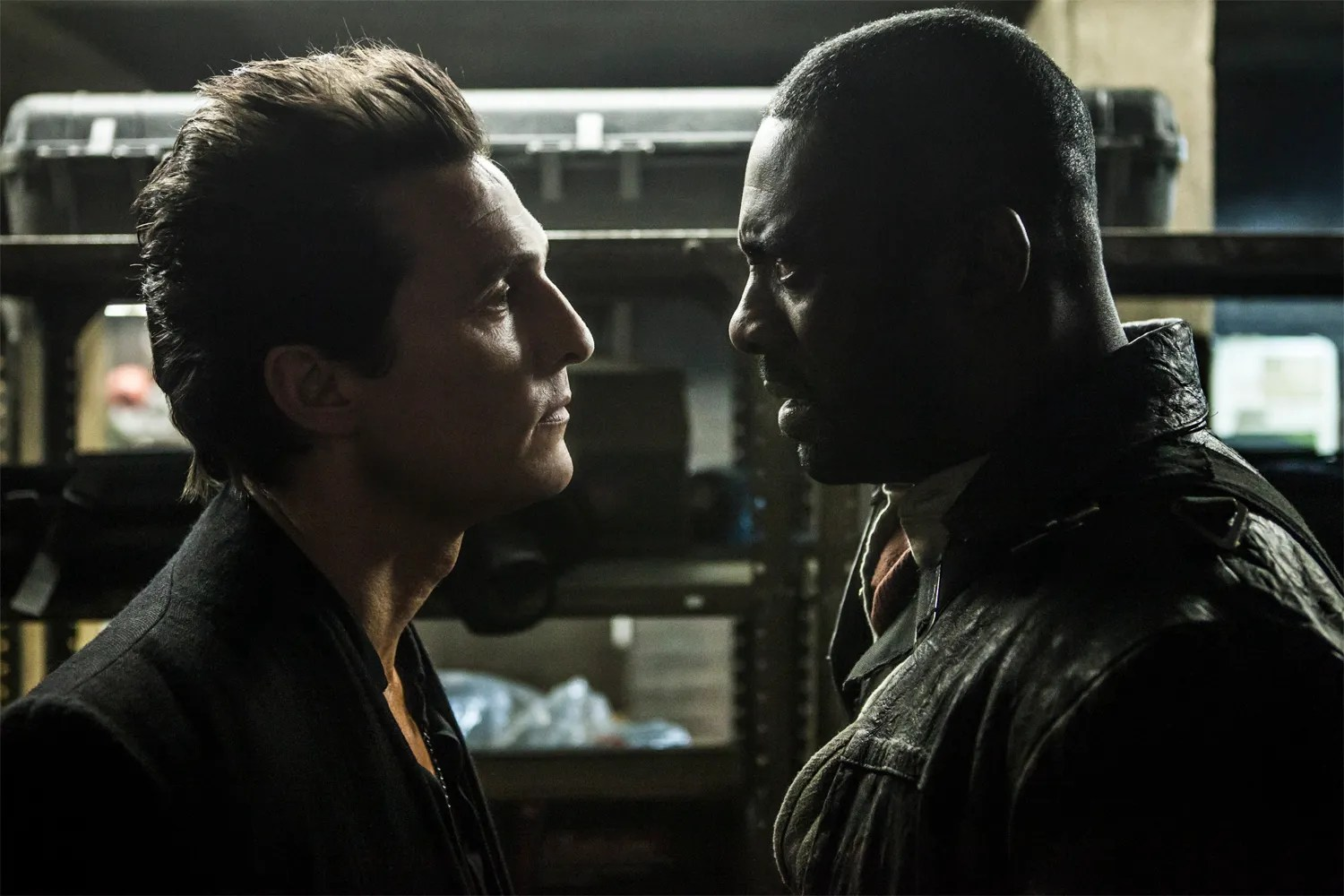 https://i0.wp.com/cdn.collider.com/wp-content/uploads/2017/01/the-dark-tower-matthew-mcconaughey-idris-elba.jpg