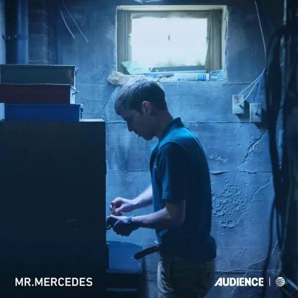 mr-mercedes-harry-treadaway