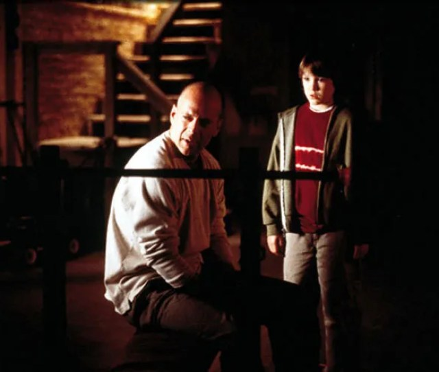 Unbreakable Bruce Willis Spencer Treat Clark