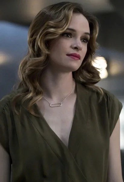 the-flash-danielle-panabaker