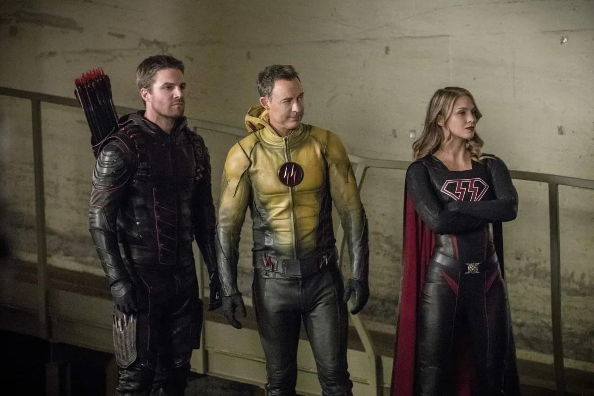 Crisis On Earth X Trailer Reveals The CW Superhero