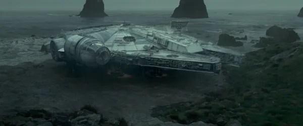 star-wars-last-jedi-images-millennium-falcon