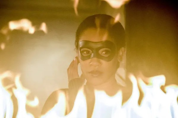 the-flash-season-4-run-iris-image-7