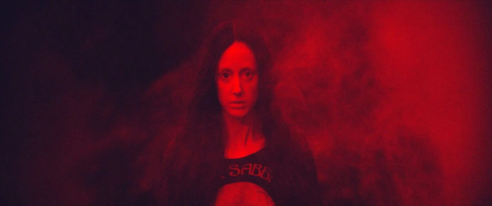 Mandy Review: The Beautiful Insanity of Love and Loss | Collider