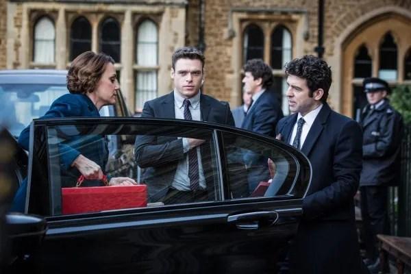 Bodyguard Review: Richard Madden Owns Netflix's Thriller ...