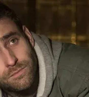 'Hill House' Star Oliver Jackson-Cohen Will Return for Netflix's 'The Haunting of Bly Manor'
