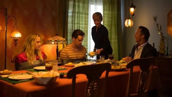 méchants-film-jeffrey-donovan-kyra-sedgwick-bill-skarsgard-maika-monroe