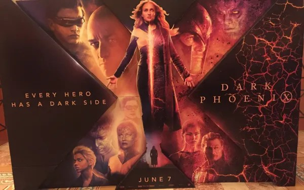 xmen-dark-phoenix-standee-cinemacon
