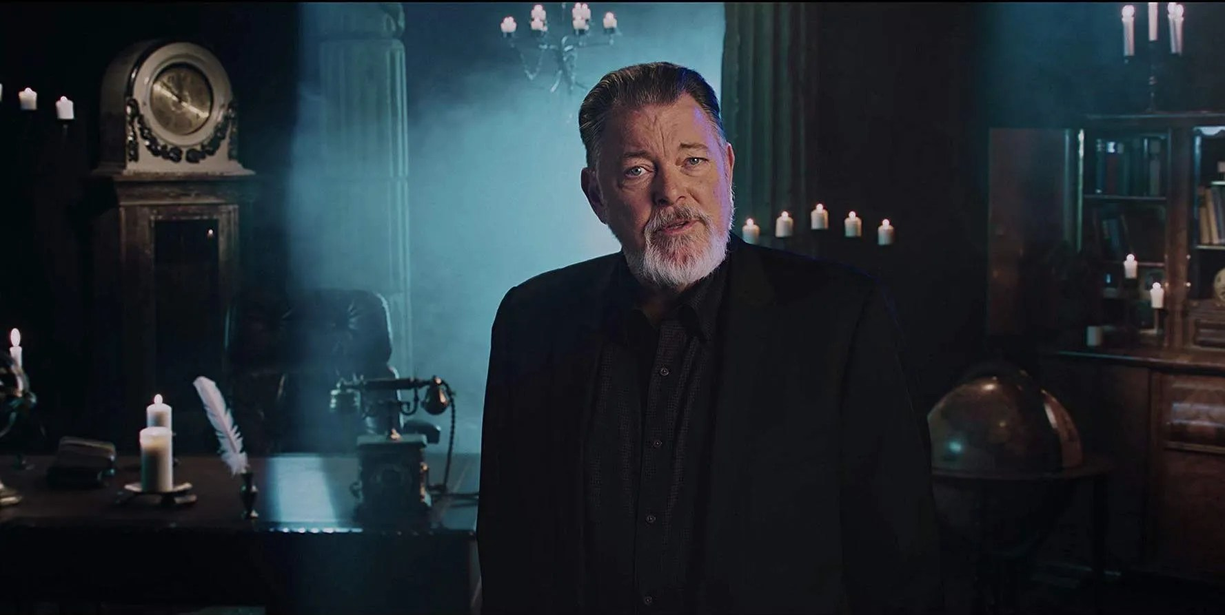 Jonathan Frakes Teaches Us How To Sell Drugs Online Fast On Netflix Collider