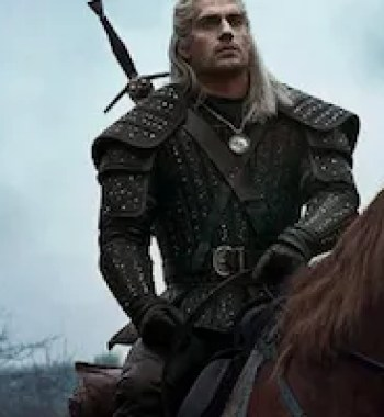 New 'The Witcher' Image Reveals Henry Cavill's Trusty Steed, Roach