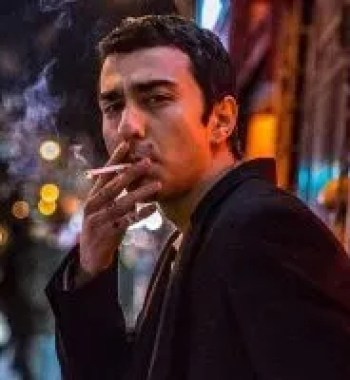 'The Cat and the Moon' Review: Alex Wolff Offers Refreshing Take on Addiction & Coming of Age