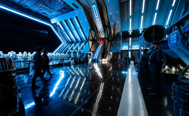 Star Wars Rise Of The Resistance Footage Watch Our Ride