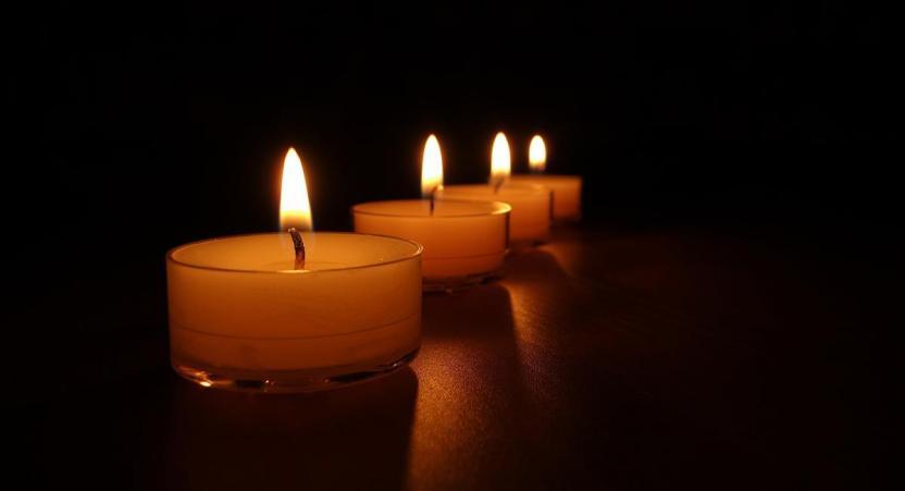 Las velas amarillas son las ideales para implorar paz y tranquilidad. Foto: Pixabay