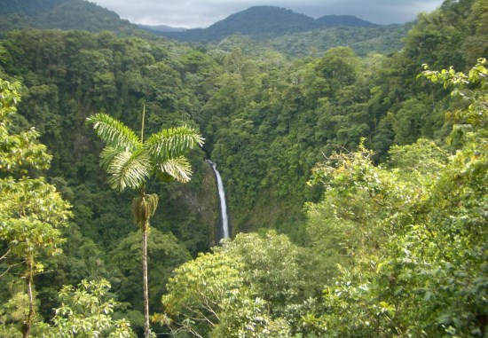 5 COSTA RICA WATERFALLS YOU MUST VISIT