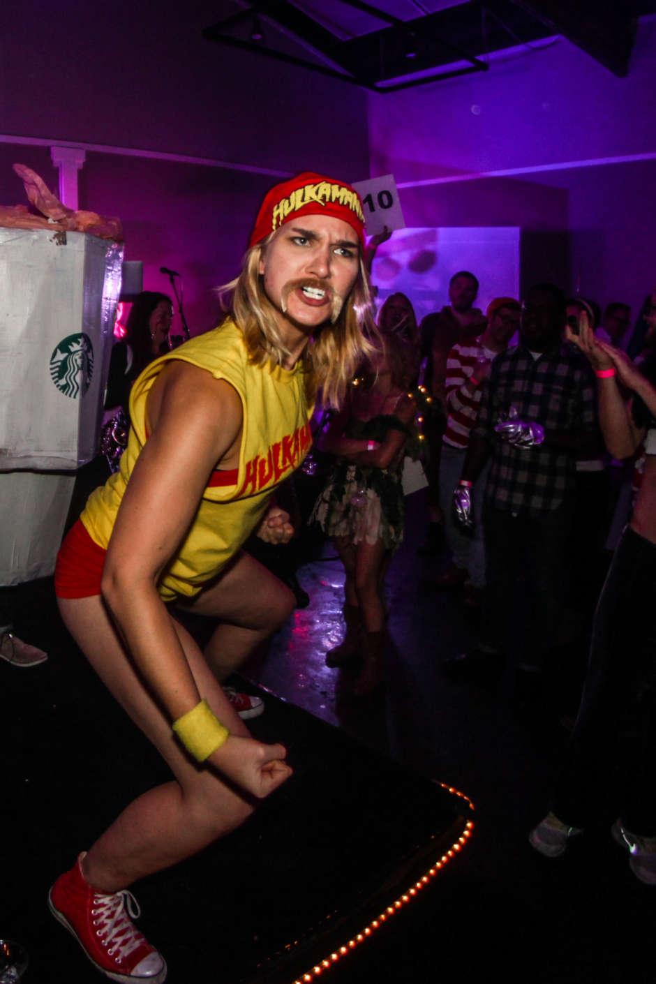 Hulkamania Woman Halloween Costume