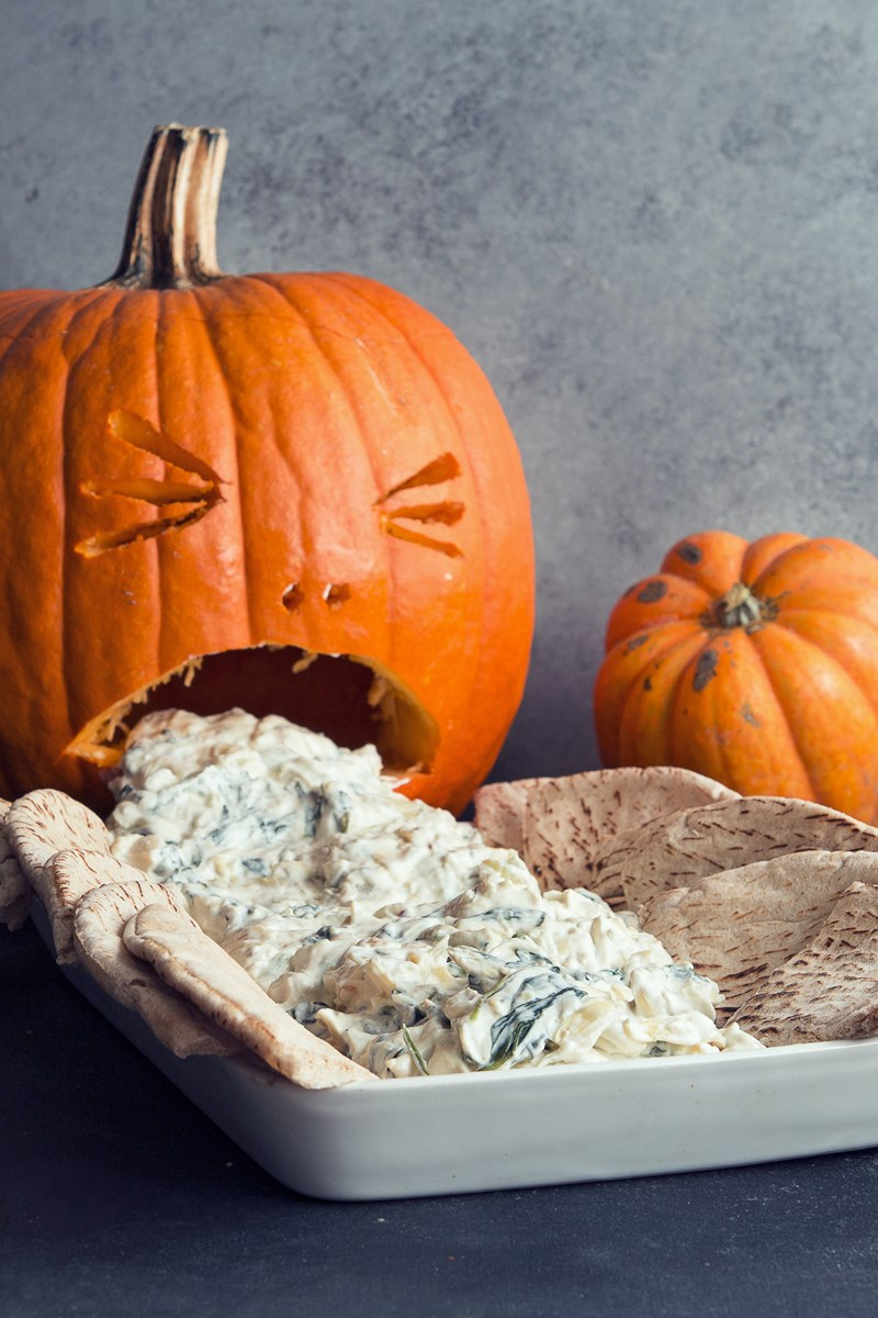 Spinach and Artichoke Dip Puking Pumpkin  KitchMe