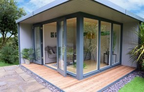 High Quality Bespoke Garden Buildings Delivery Installation Incl