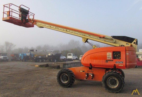 Jlg Man Lift - Year of Clean Water