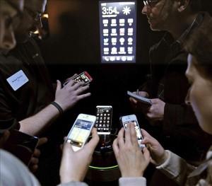 Banca por internet crecerá el 65% anual en Latinoamérica, según estudio. EFE