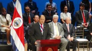El presidente de la República, Luis Guillermo Solís, mencionó que el déficit fiscal es grave.  CRH.