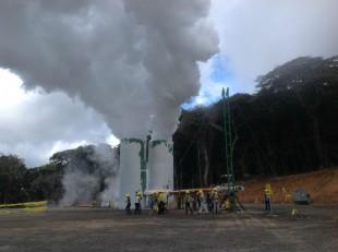 El proyecto Pailas II se construye en las faldas del volcán Rincón de la Vieja, con financiamiento de Japón y Europa. (Archivo CRH)