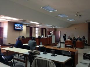 Tribunal condena a tres años de prisión a exministro Roberto Dobles por caso Crucitas
