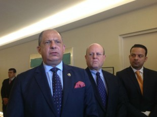 El presidente Solís defiende ampliación de ruta 32 CRH.