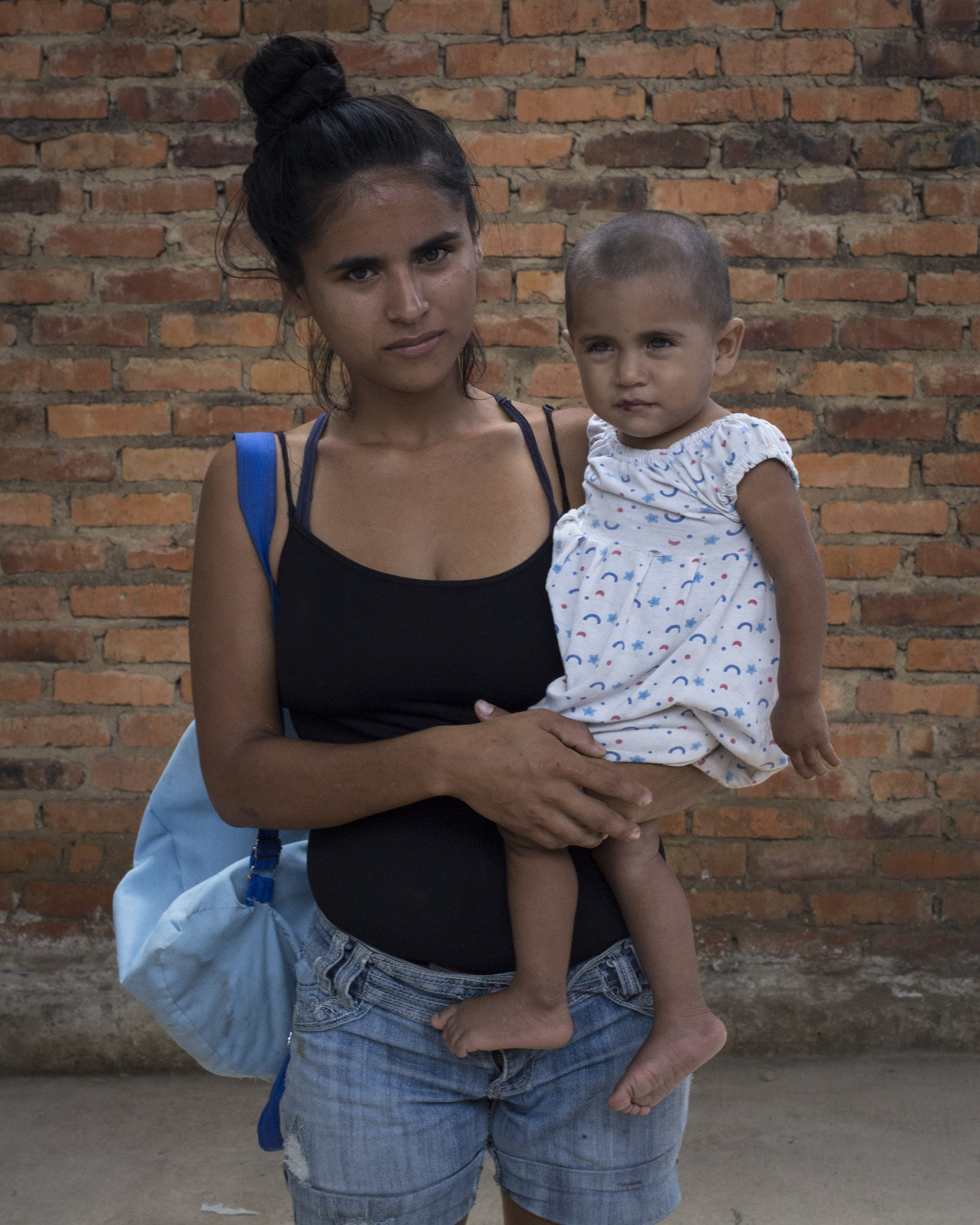 Renunciar a Venezuela para no acostarse con hambre  Costa