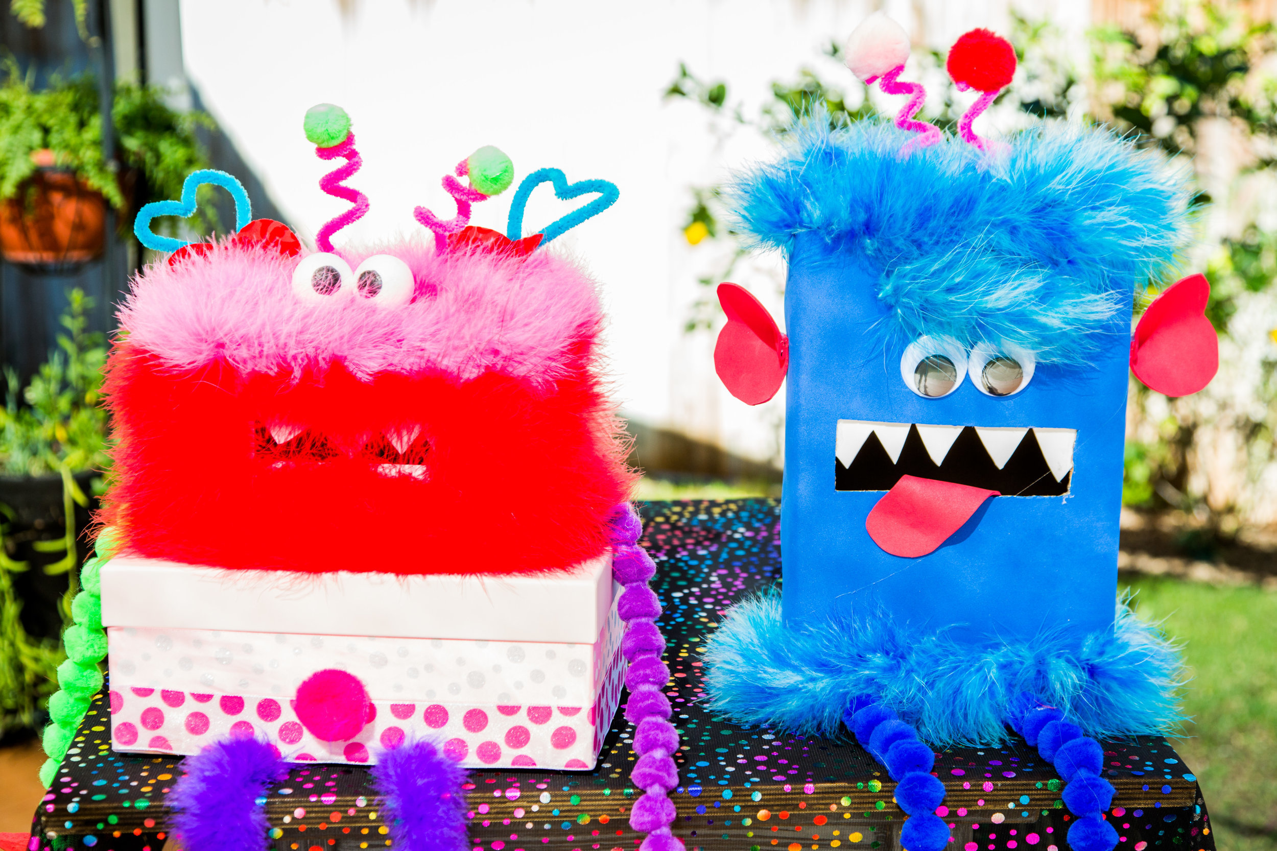 DIY Valentines Monster Boxes