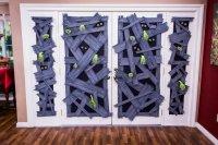 DIY Zombie Window Halloween Decoration with Mark Steines ...