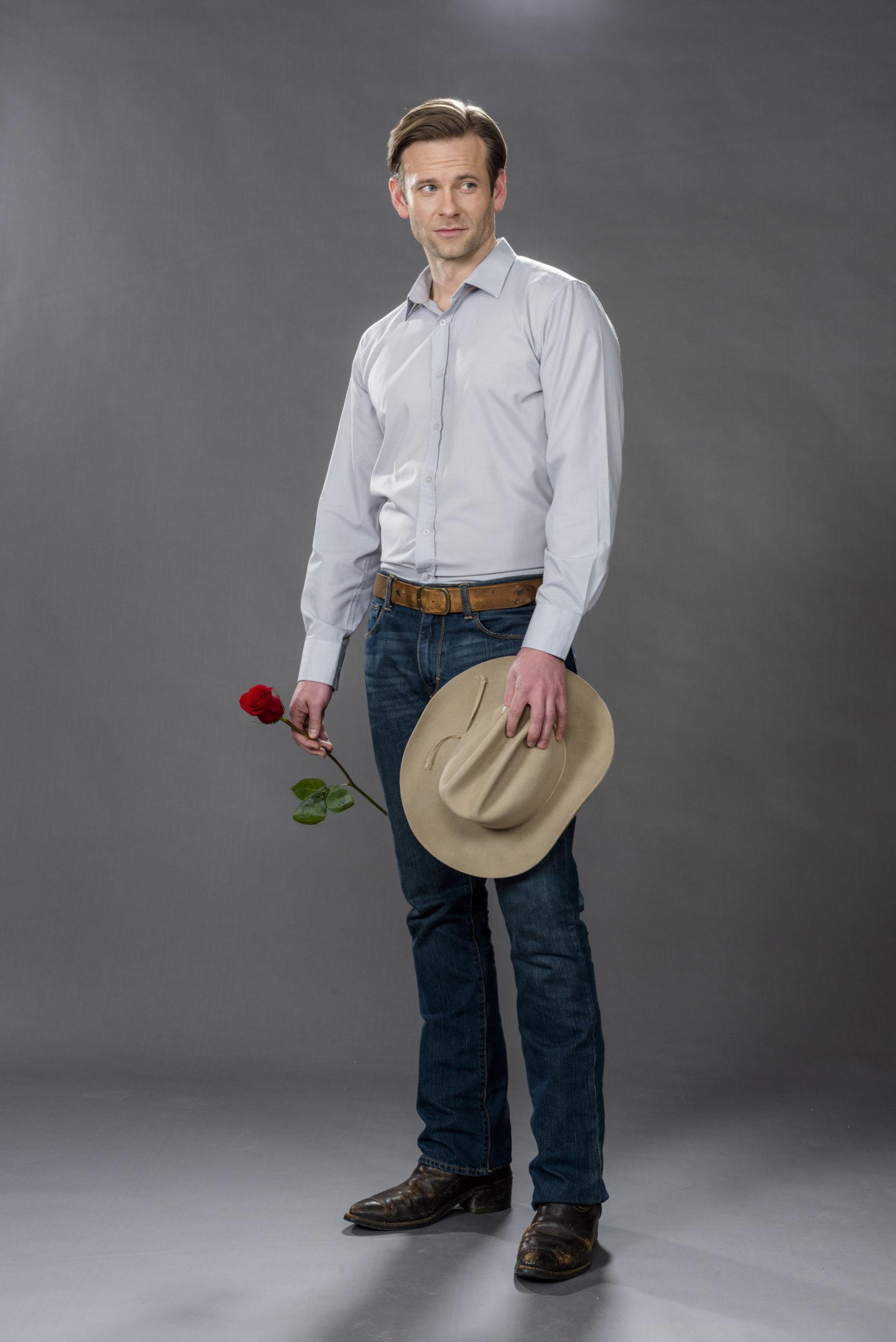 Eric Johnson as Ben in Valentine Ever After  Hallmark