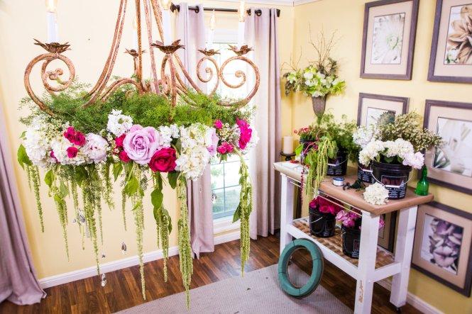 Diy Wedding Flower Chandelier How To S Paige Jason Hallmark Channel