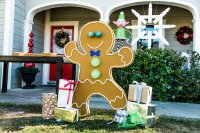How To - DIY Front Yard Gingerbread Man | Home & Family ...