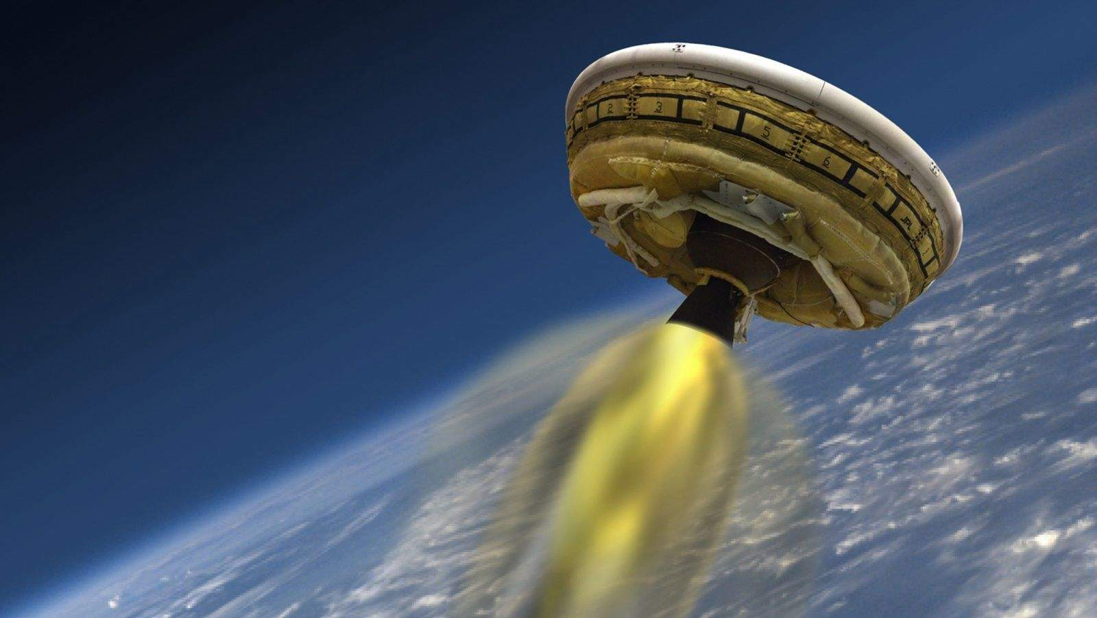 https://i0.wp.com/cdn.cultofmac.com/wp-content/uploads/2015/03/nasa_saucer004.jpg