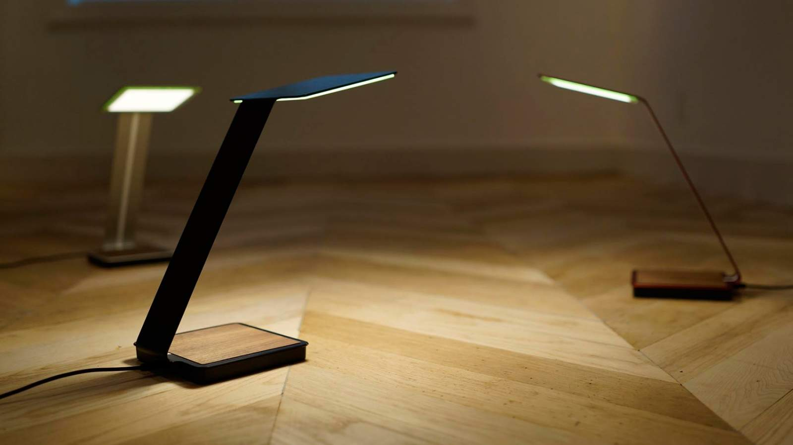 OLED table lamp casts a bright light on the future  Cult