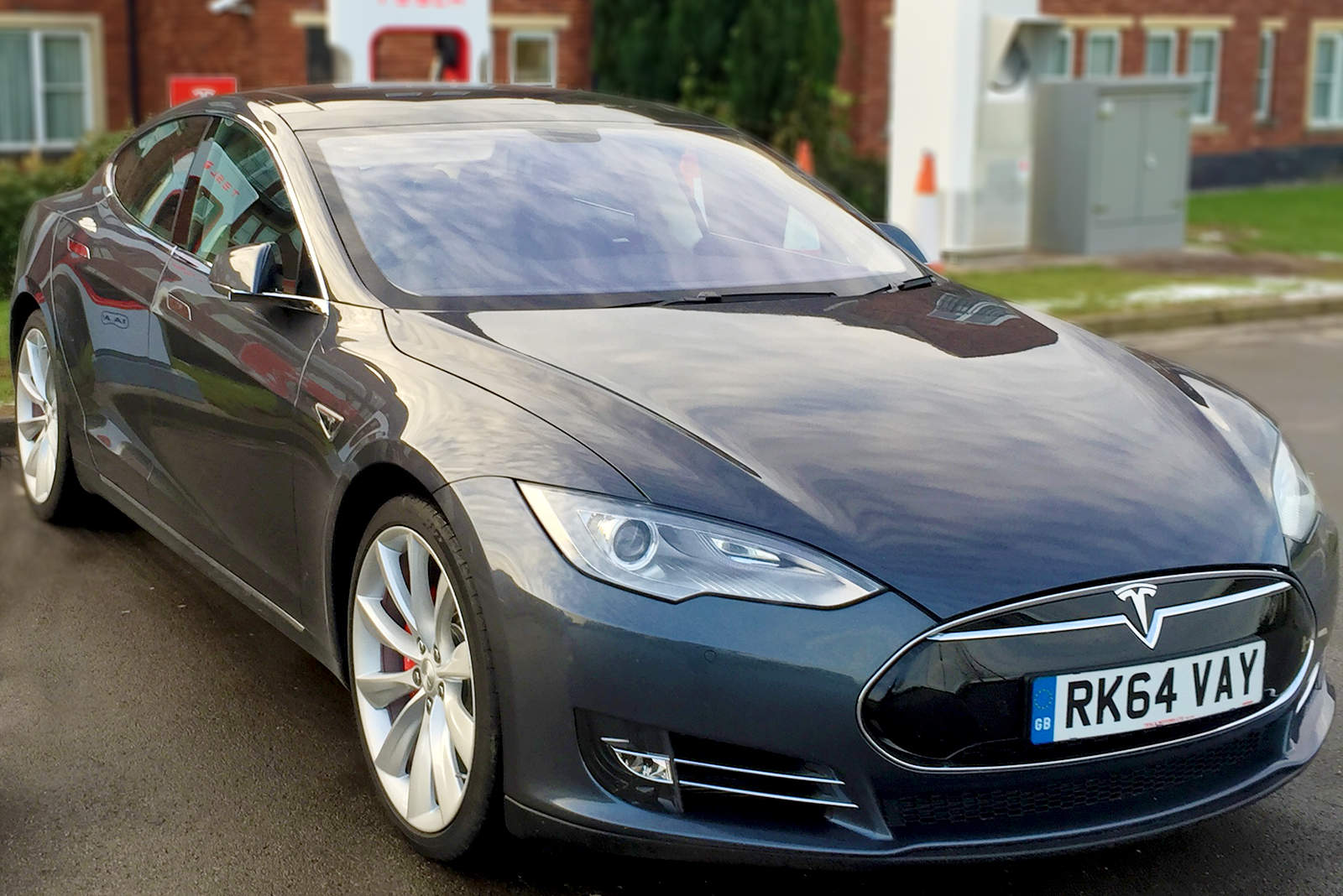 4 Lessons Apple Car Should Learn From Tesla